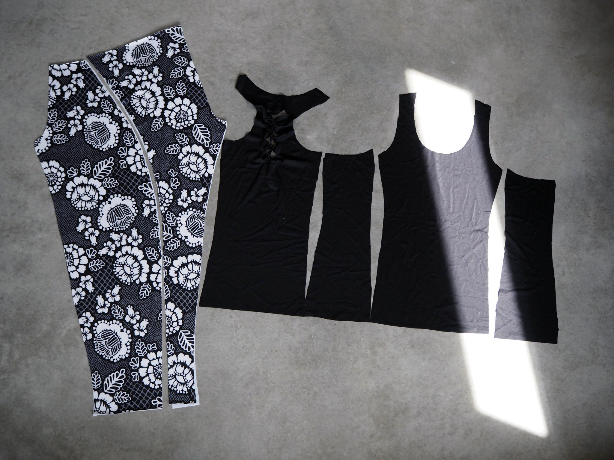Juoksuhousut ja paita leikattuna ennen ompelua