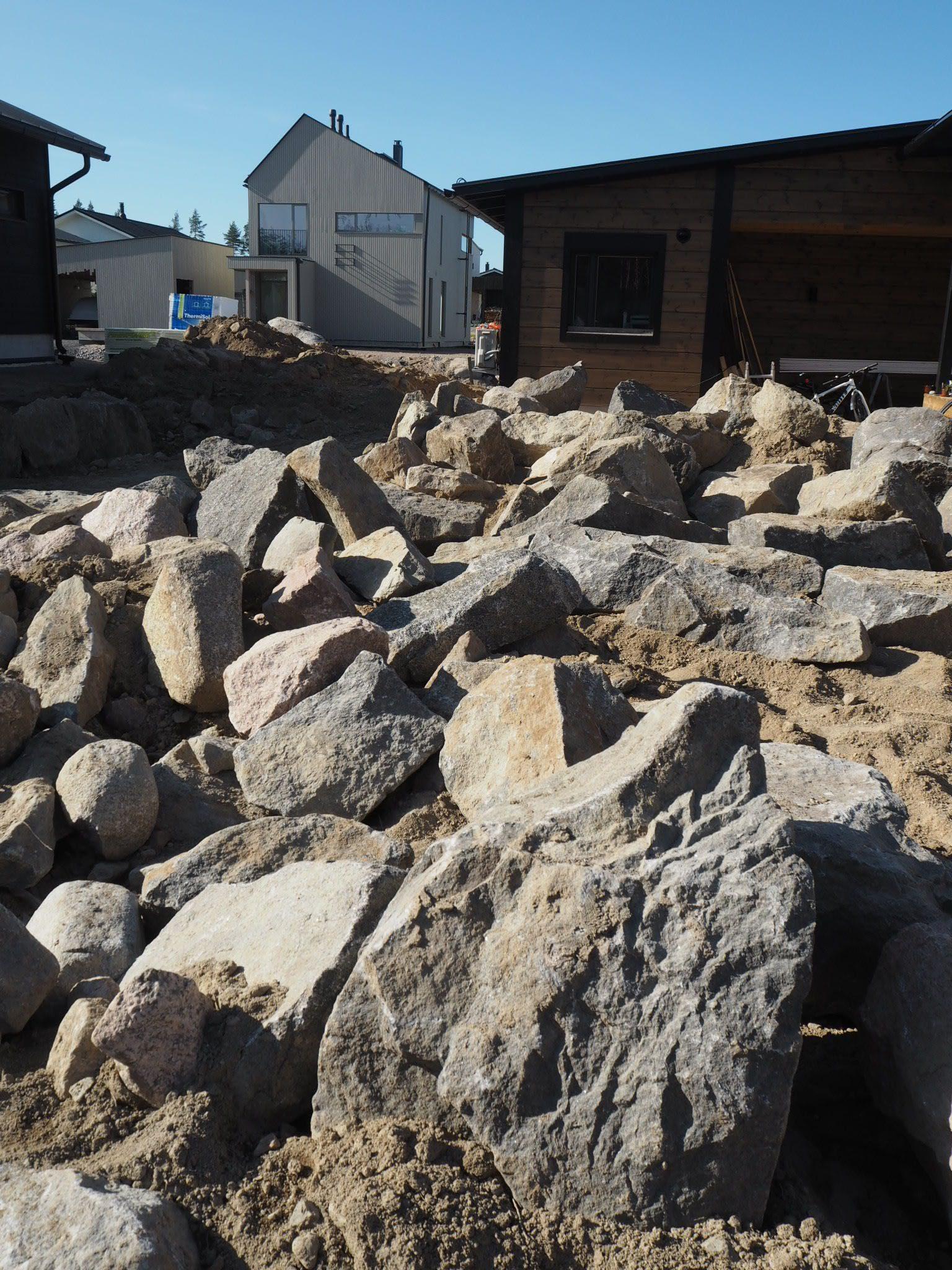 Japanilainen kivipuutarha