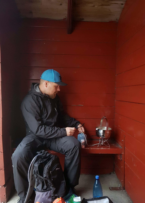 Å i Lofoten päätebussipysäkillä ruokaa