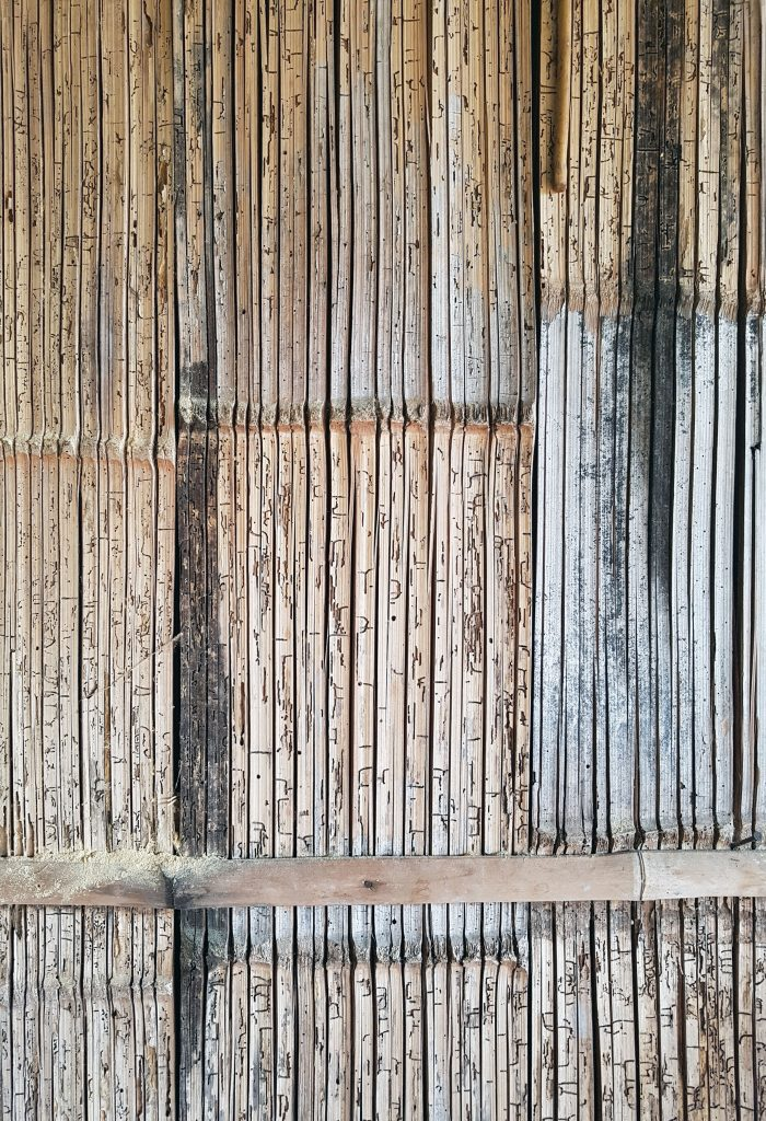 Bambumajan seinä